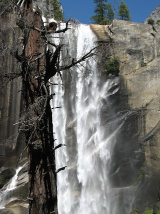 Yosemite-Vernal Fall July2007
